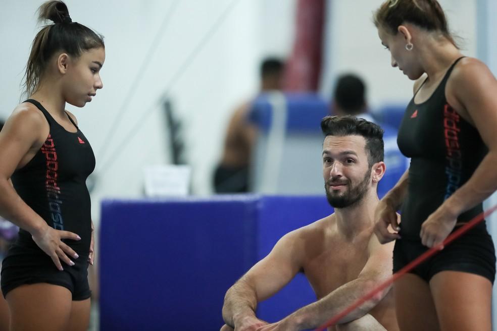 Flávia Saraiva, Diego Hypolito e Jade Barbosa, em foto de arquivo (Foto: Ricardo Bufolin/CBG)
