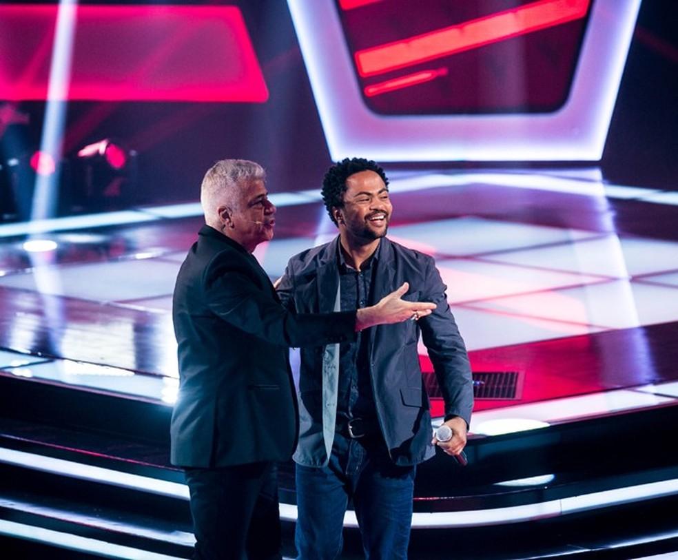 Resultado de imagem para The Voice, cantor Rafael Dias