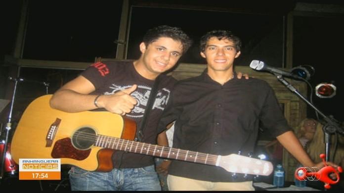 Cantor que fez dupla com Cristiano Araújo é encontrado morto em Goiânia | Goiás | G1