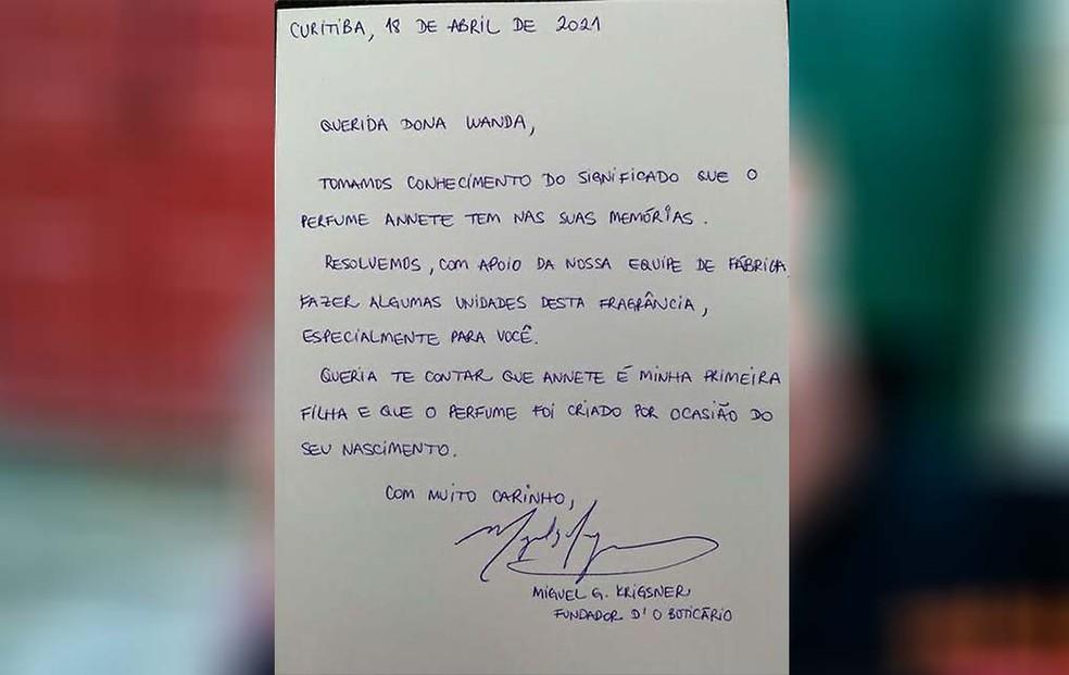 Carta que foi assinada pelo fundador do Boticário. — Foto: Arquivo Pessoal