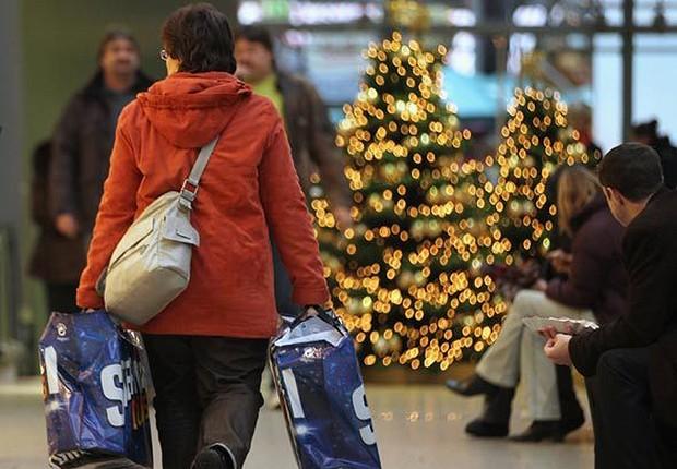 Compras de Natal ; fim de ano ; consumo ; varejo ; final de ano ;  (Foto: Reprodução/Facebook)