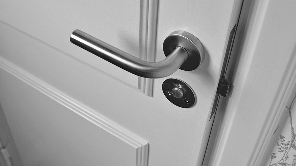 Conheça as 25 falhas de segurança mais comuns em condomínios residenciais — Foto: Jonathan Petersson - Banco de Imagens Pexels.