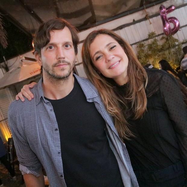 O casal Adriana Esteves e Vladimir Brichta  (Foto:  DERICK ABREU / AgNews)