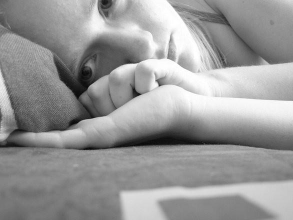 Depressão entre jovens pode ser curada mais rapidamente se eles tiverem maior gurpo de amigos (Foto: FreeImages.com/Anna B.)