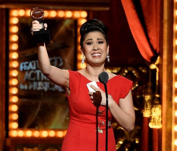 Ruthie Ann Miles recebe Tony Awards em 2015 (Foto: Getty Images)