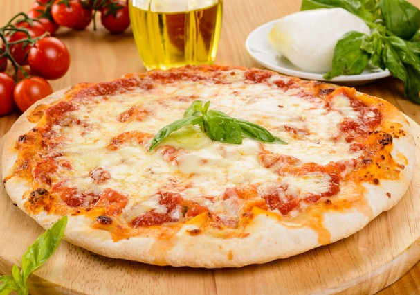 Pizza de muçarela (Foto: Thinkstock)