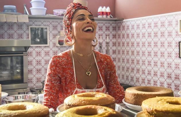 Na quarta (2), o sucesso da nova confeitaria de Maria da Paz (Juliana Paes) incomodará Fabiana, que fará de tudo para destruir sua rival  (Foto: Divulgação/TV Globo)