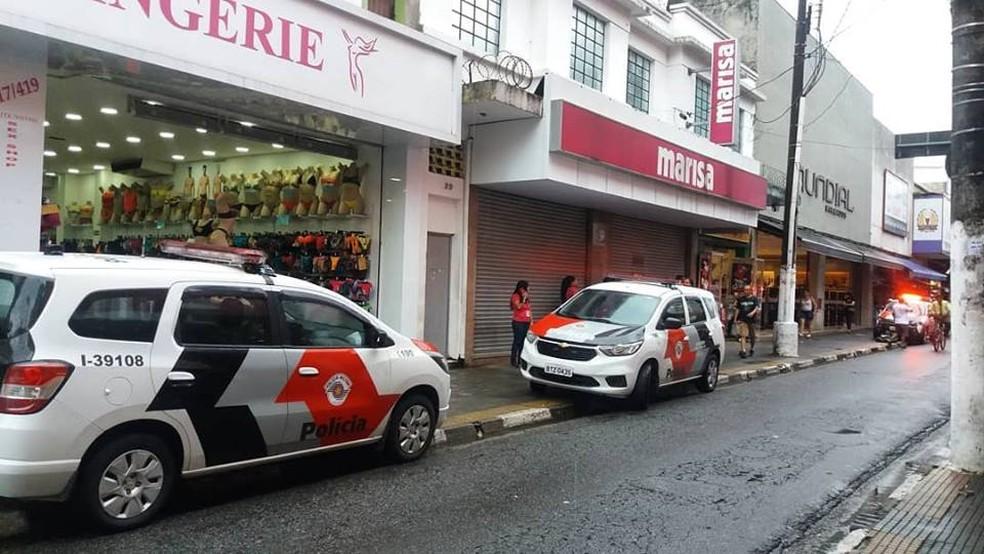 158cbd885 ... Tentativa de furto em loja no Centro de São Vicente, SP, assusta  moradores —