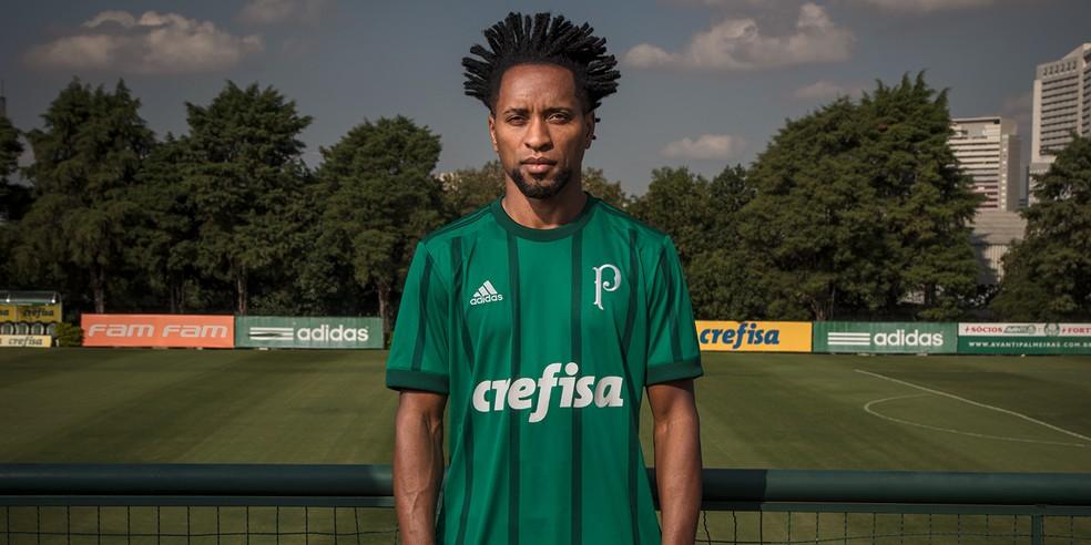 Uniforme do Palmeiras poderá não ser da Adidas a partir de 2019 (Foto: Divulgação)