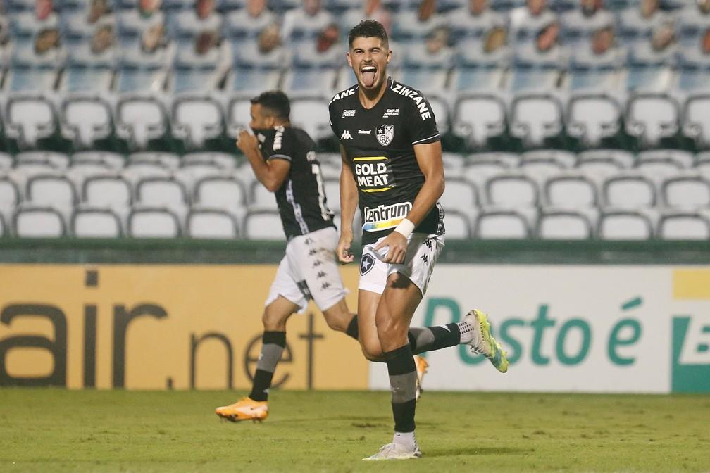 Pedro Raul foi negociado com clube do Japão — Foto: Vitor Silva/Botafogo