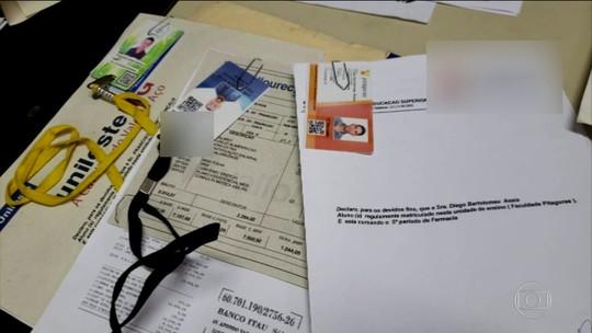 Polícia descobre esquema para obter visto americano com documentos falsos; presos pagaram US$ 13 mil por fraude