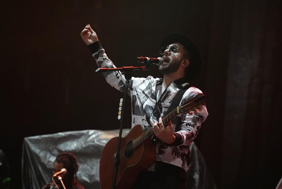 Melim faz show de abertura do Maroon 5 em São Paulo — Foto: Marcelo Brandt / G1
