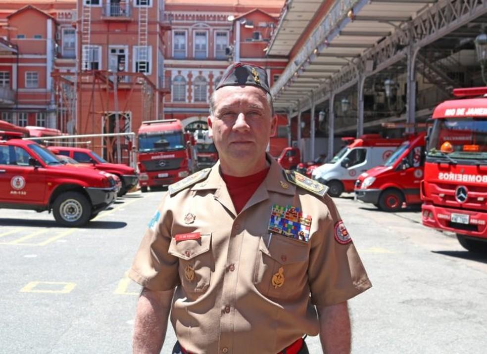 Secretário de Defesa Civil e o Corpo de Bombeiros, Roberto Robadey Jr. — Foto: Divulgação