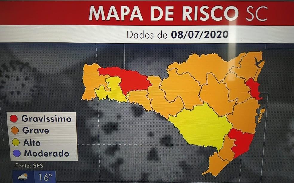 Mapa de risco por causa do coronavírus em SC — Foto: NSC TV/Reprodução