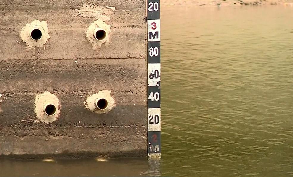 Volume de água em represa do Saae em Marilândia diminui dois centímetros por dia, no ES  — Foto: Reprodução/ TV Gazeta