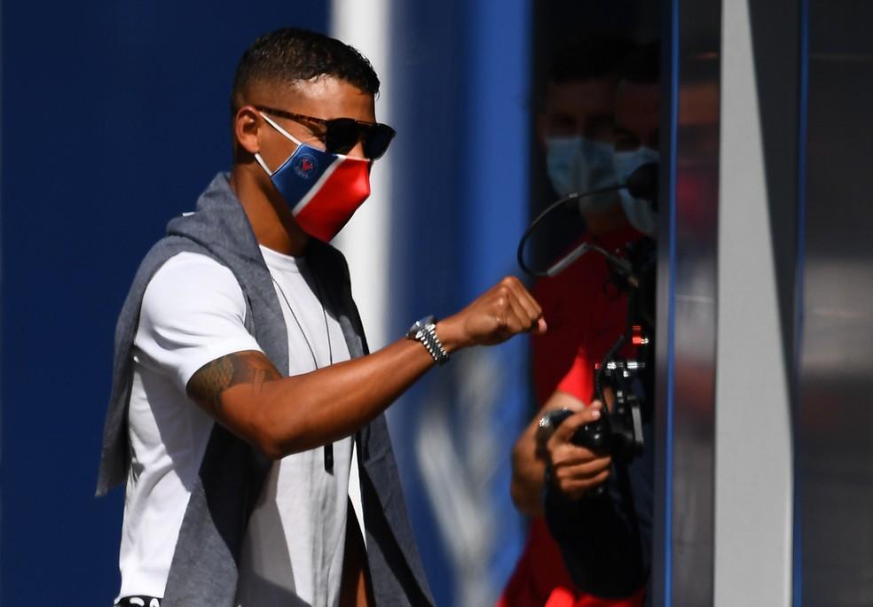 Thiago Silva no CT do PSG. Ex-zagueiro do Flu ampliou contrato para poder jogar Super Champions — Foto: AFP