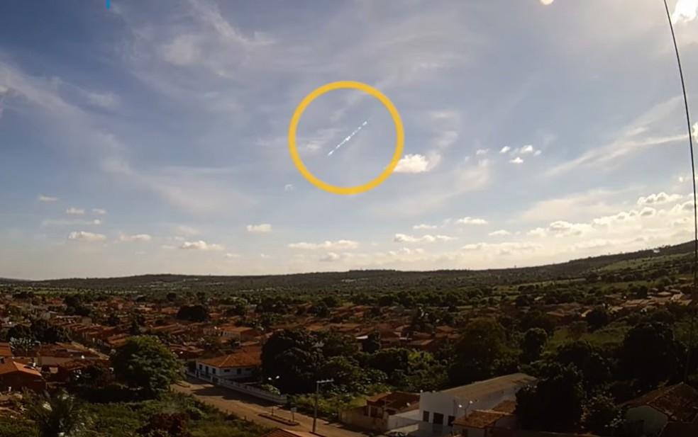 Bramon conseguiu detectar imagem da passagem do meteoro, na região de Nova Redenção — Foto: Reprodução/Site Bramon