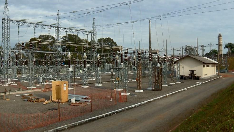 Subestação de energia da Cemig em Varginha (MG) — Foto: Reprodução/EPTV