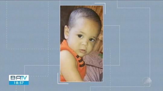 Bebê morre atropelado após pai estacionar caminhão na garagem de casa no norte da Bahia