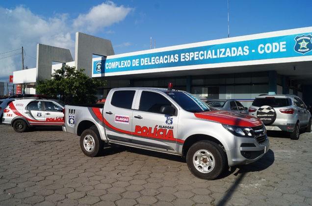 Suspeito de assalto a ônibus em Maceió é preso com 10 celulares