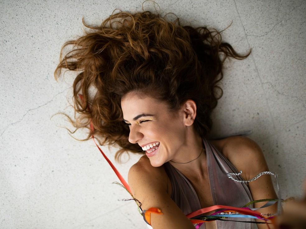 Mariana Aydar canta arrocha de autoria de Anastácia no disco produzido por Marcio Arantes — Foto: Autumn Sonnichsen / Divulgação