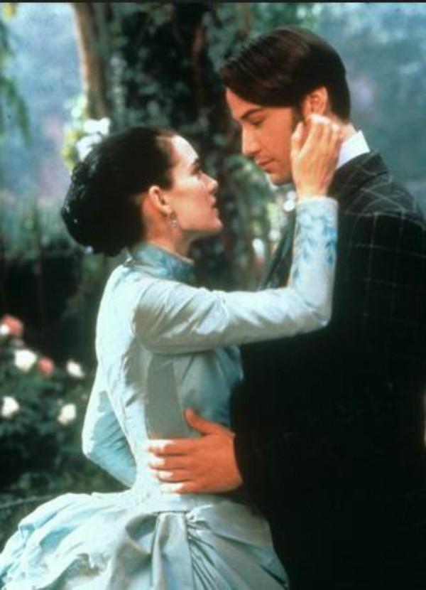 Winona Ryder e Keanu Reeves em Drácula de Bram Stocker (1992) (Foto: Divulgação)