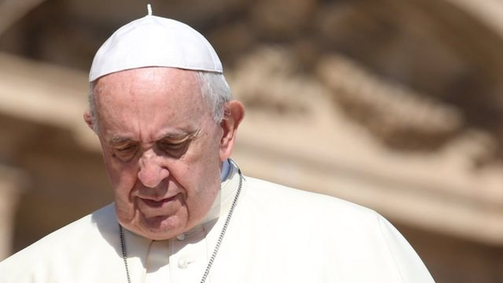 Oferecer resposta a casos de abuso sexual dentro da igreja é um dos principais desafios do papa Francisco — Foto: Getty Images/BBC