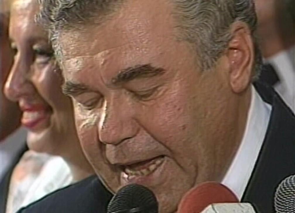 Jaime Lerner toma posse como prefeito de Curitiba pela 3ª vez, em 1989 — Foto: Arquivo/RPC