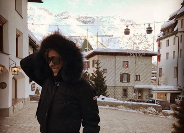 Adriane Galisteu em Sankt Moritz, na Suíça (Foto: Reprodução/Instagram)