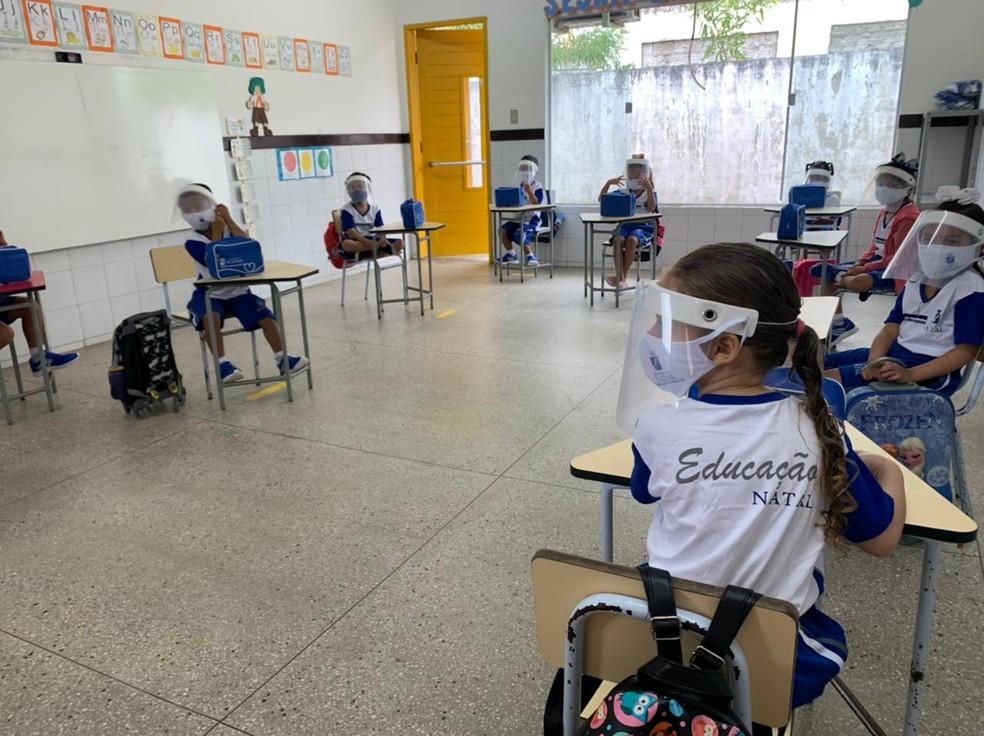 Aulas presenciais são retomadas em cerca de 40 centros municipais de educação infantil, nesta quarta-feira (14) em Natal. — Foto: Carlos Dhaniel/Inter TV Cabugi