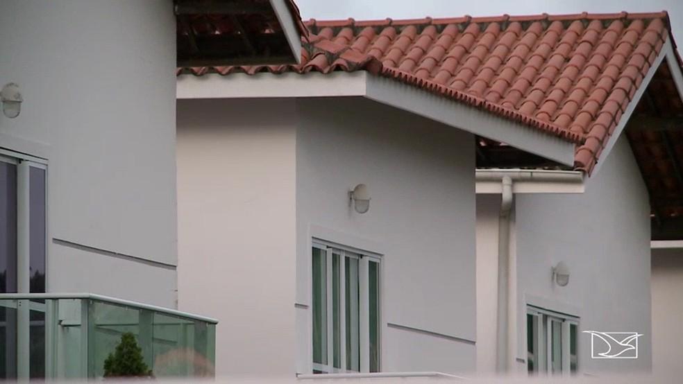 Casa onde Eriverton Nunes teria se encontrado com o ex-vice prefeito da cidade de São Mateus (Foto: Reprodução/TV Mirante)
