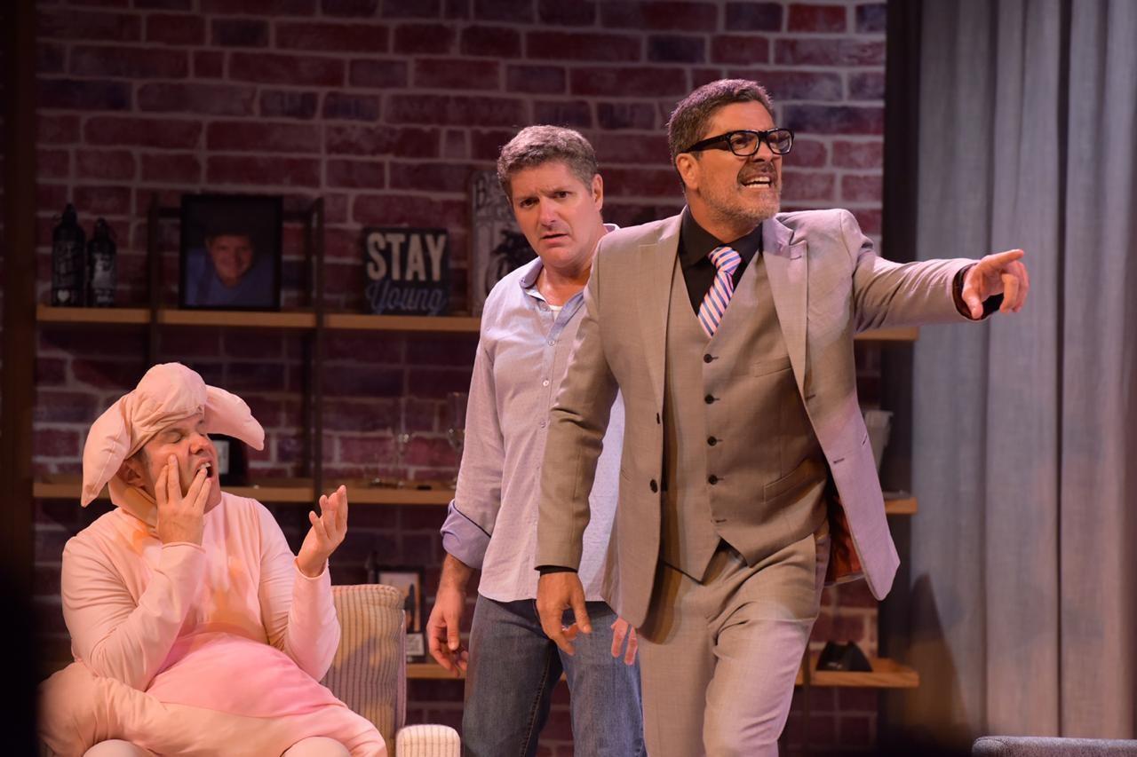 A peça 'Um Casamento Feliz' está em cartaz no Teatro dos Grandes Atores