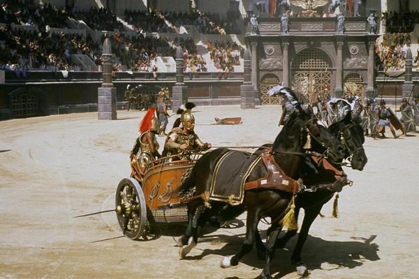 A carruagem de Gladiador (1999) que o ator Russell Crowe colocou em leilão (Foto: Reprodução)