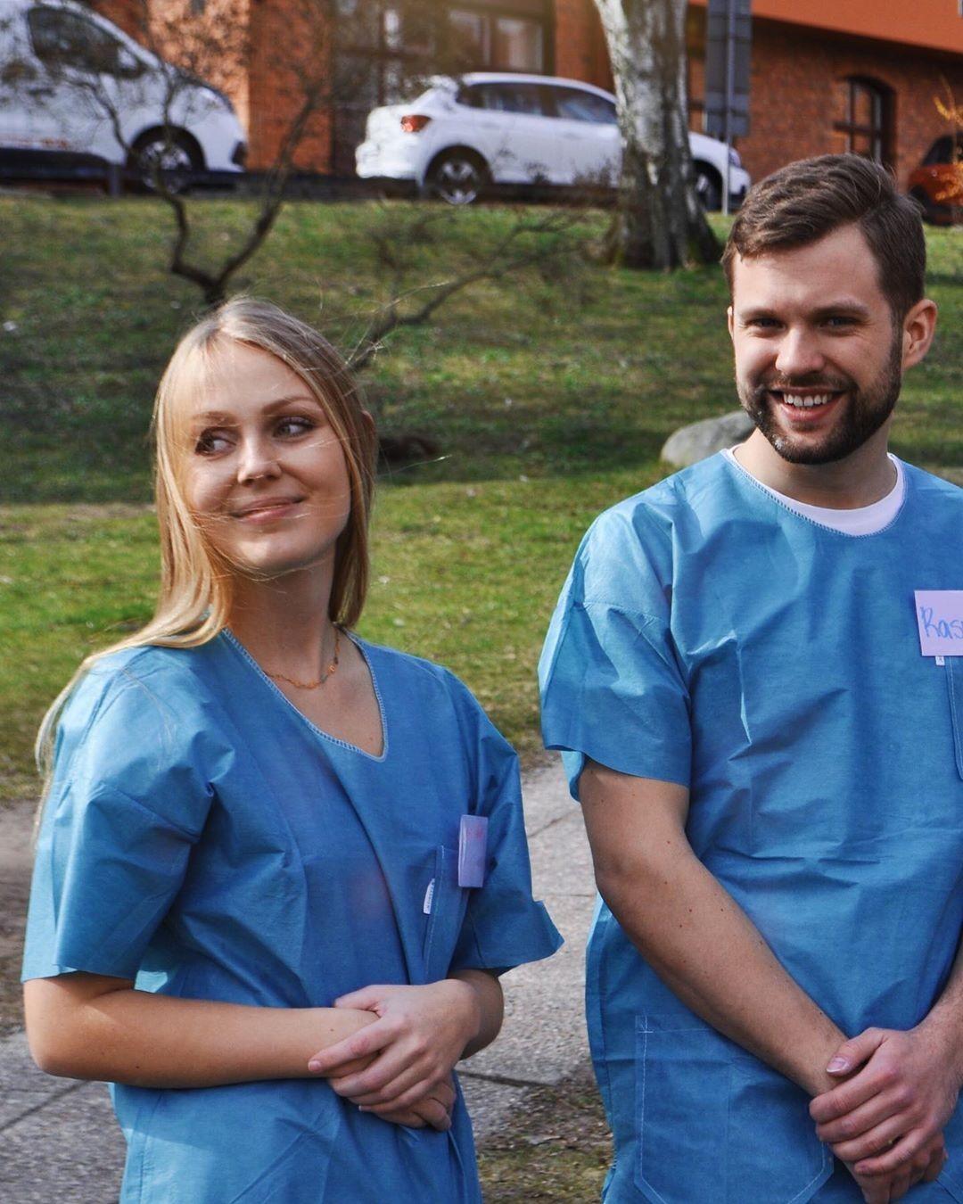 Suécia transforma e comissários de bordo em auxiliares de enfermagem para enfrentar coronavírus