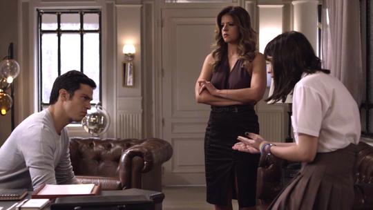 Maria Pia encontra documento falso de Bebeth e entrega a Eric