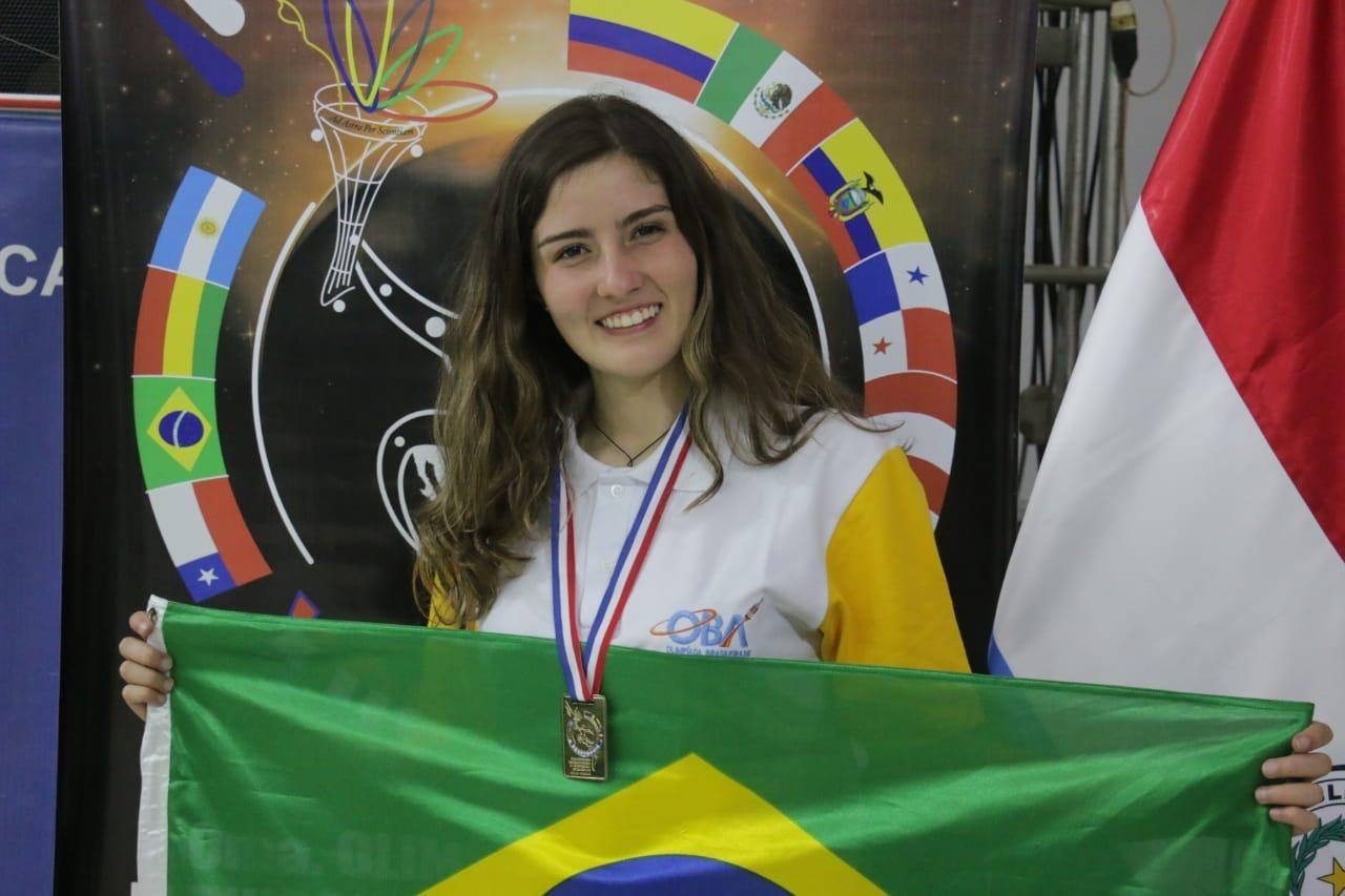Katarine Emanuela Klitzke também foi ouro nas Olimpíadas (Foto: Katarine Emanuela Klitzke )