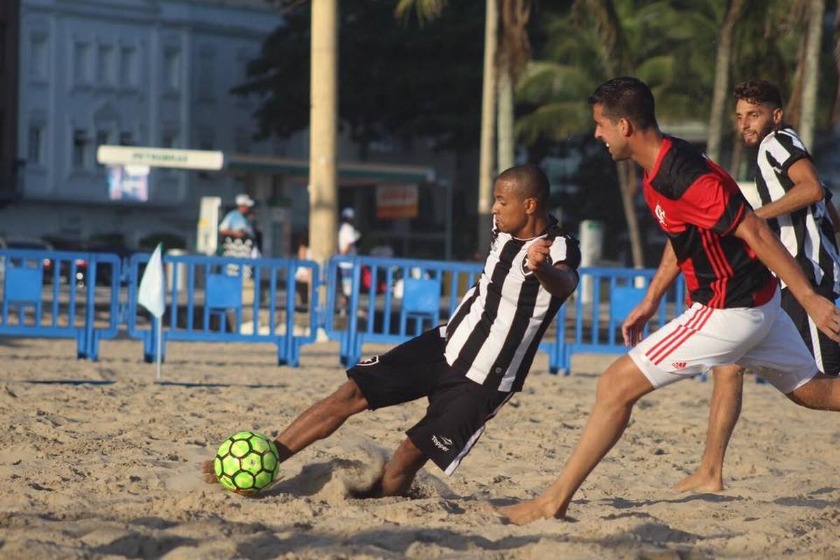 Flamengo perde para o Botafogo e encara o Vasco na semifinal da Copa do  Brasil  446eec3d3769d