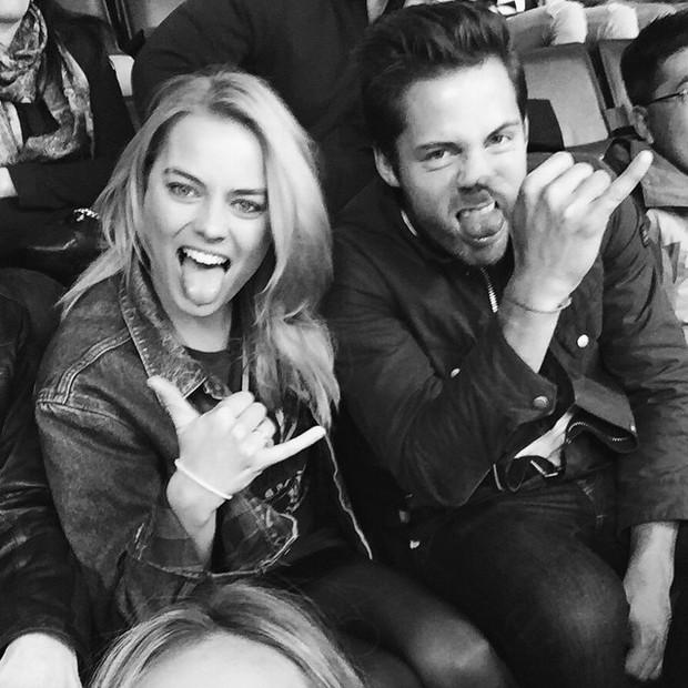 Margot Robbie y su esposo Thomas Ackerley (Foto: Reproducción / Instagram)