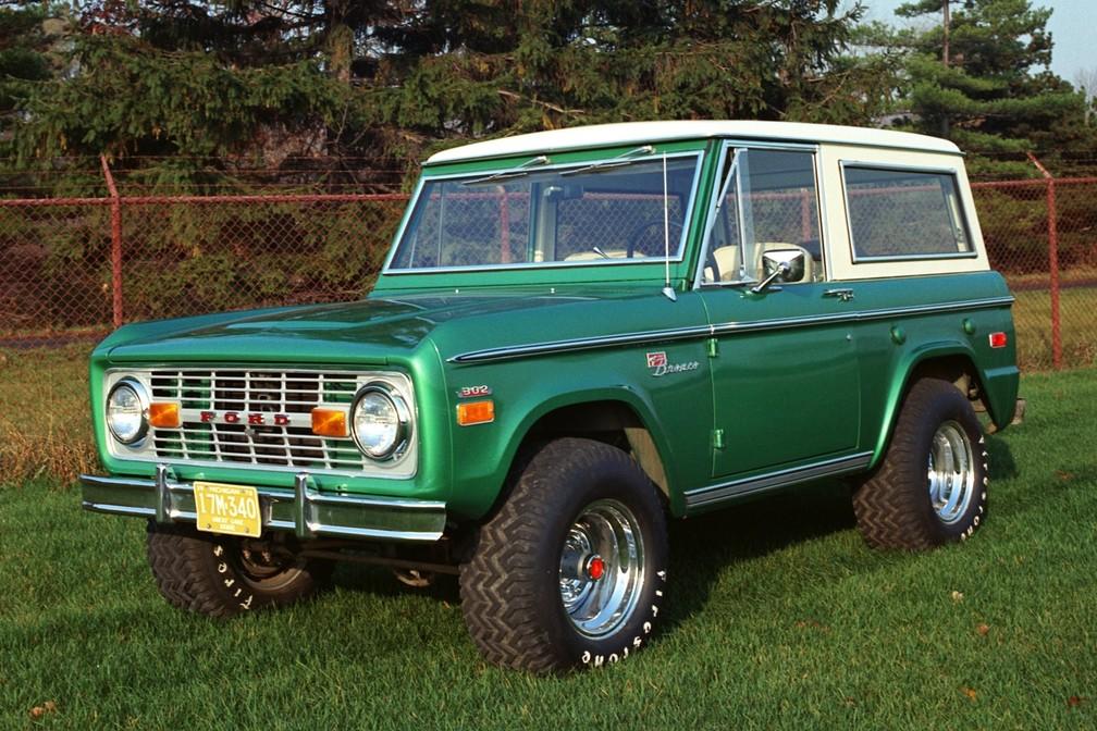 Ford Bronco fez época entre 1966 e 1996 — Foto: Divulgação