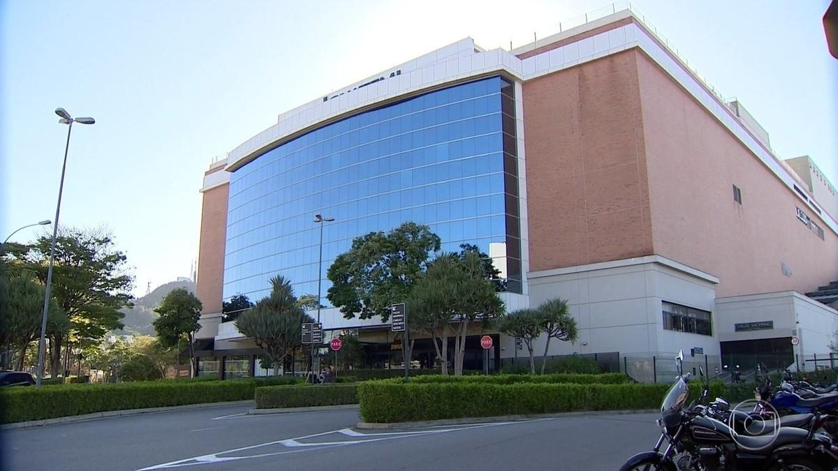 Ocupação de leitos de UTIs ultrapassa 80% e Florianópolis libera abertura de shoppings com testagem de Covid-19 – G1