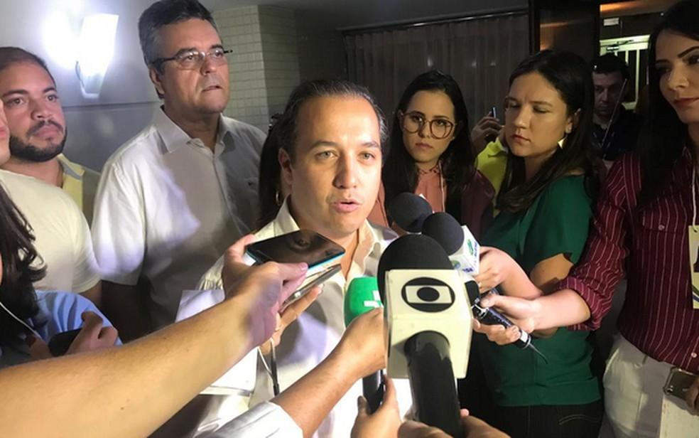 Valadares Fiilho fala após resultado de eleição — Foto: Cleverton Macedo/TV Sergipe