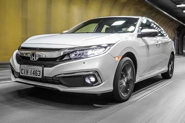 Honda Civic foi reestilizado recentemente no Brasil (Foto: Divulgação)