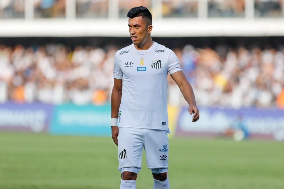 Uribe ainda não conseguiu se firmar no Santos após sete partidas — Foto: Ricardo Moreira/BP Filmes