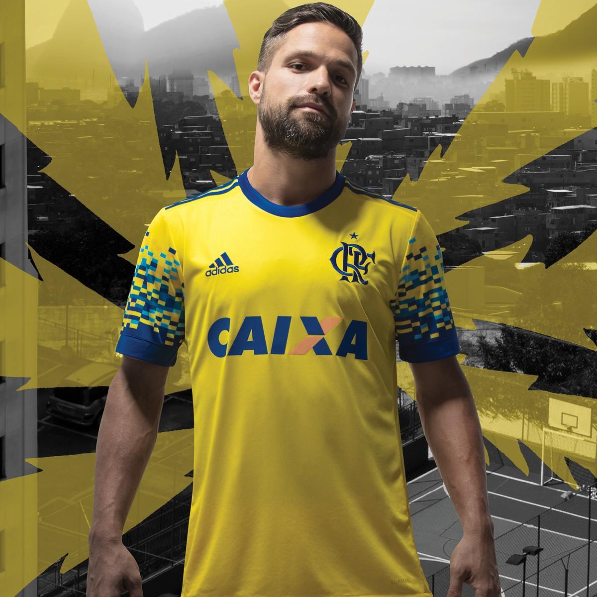 c38668ff8e Flamengo lança camisa criada por torcedor  estreia é contra o Coxa ...