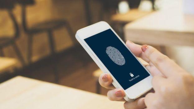 BBC: Pesquisadores da Kaspersky dizem que suas tecnologias de proteção detectaram o stalkerware em 37.532 dispositivos até o início de outubro de 2019 (Foto: GETTY IMAGES VIA BBC)