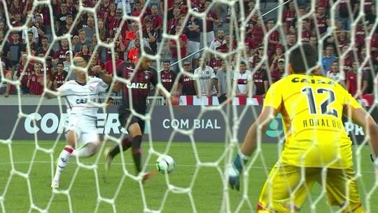 Atlético-PR x Vitória - Campeonato Brasileiro 2018 - globoesporte.com