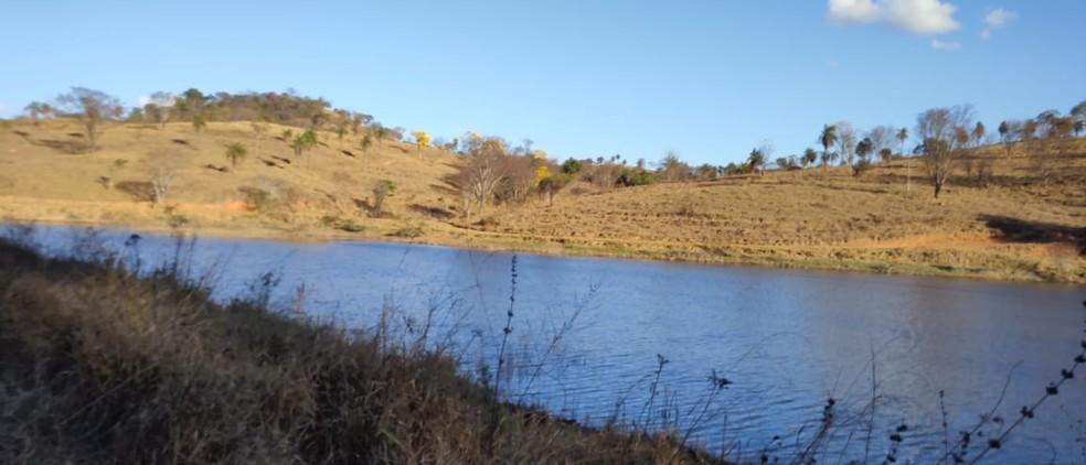 Lagoa no bairro Fazenda Velha, onde o corpo de Bruna Fonseca, foi localizado, em Sete Lagoas — Foto: Corpo de Bombeiros