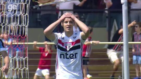 Acredite! São Paulo tem menos gols na temporada do que a dupla de artilheiros do Flamengo