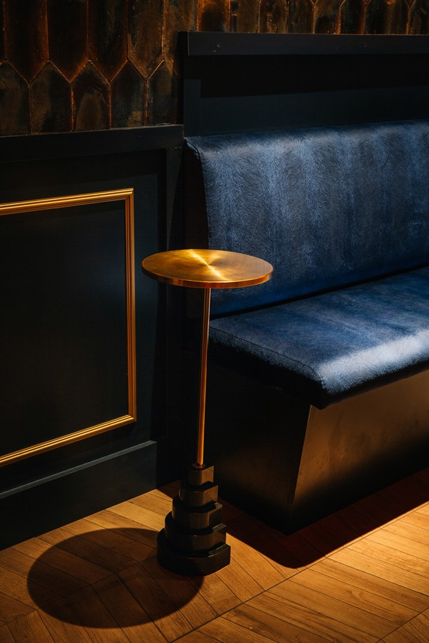 4 ideias de décor deste bar e clube com referência a conchas de Barcelona (Foto: FOTOS RUBEN ORTIZ / DIVULGAÇÃO )