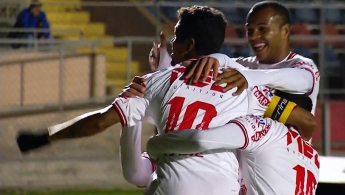 Com golaço de falta, atacante Fabinho garantiu mais uma vitória ao colorado (Foto: Reprodução/PFC)